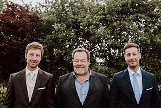 Gruppenfoto Strutmann Bau GmbH Team - Startseite/ Grundstück